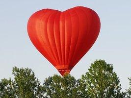 полет на воздушном шаре в виде сердца краснодар